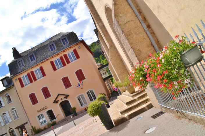mairie d'entraygues