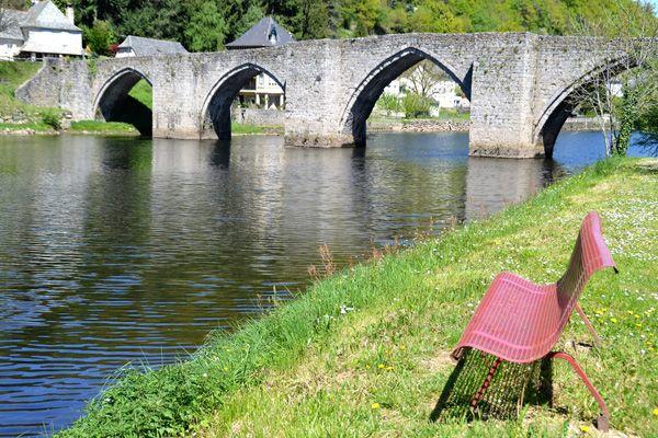 Pont gothique sur la Truyère