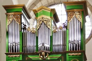 orgue de l'église d'Entraygues